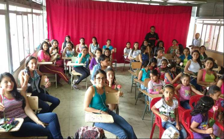 GESTORA SOCIAL DEL LIBANO VISITA ESCUELITAS