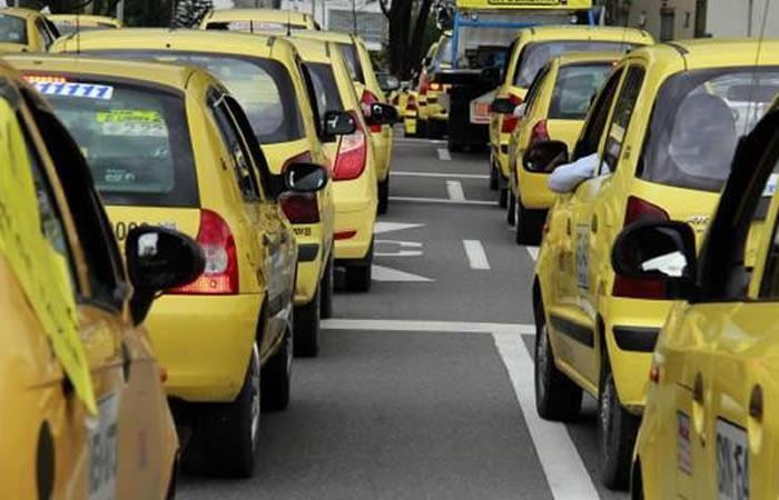 Inicio paro de taxista en Florencia