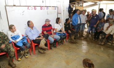 La Gobernación del Tolima atiende a familias afectadas por las lluvias en zona rural del Líbano