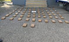 Detienen vehículo que transportaba insumos para la elaboración de cocaína