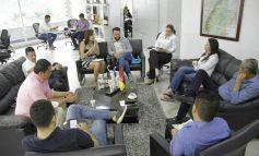 300 habitantes de la comuna 8 dé Ibagué se capacitaron en practicas de liderazgo gracias al Gobierno Departamenta