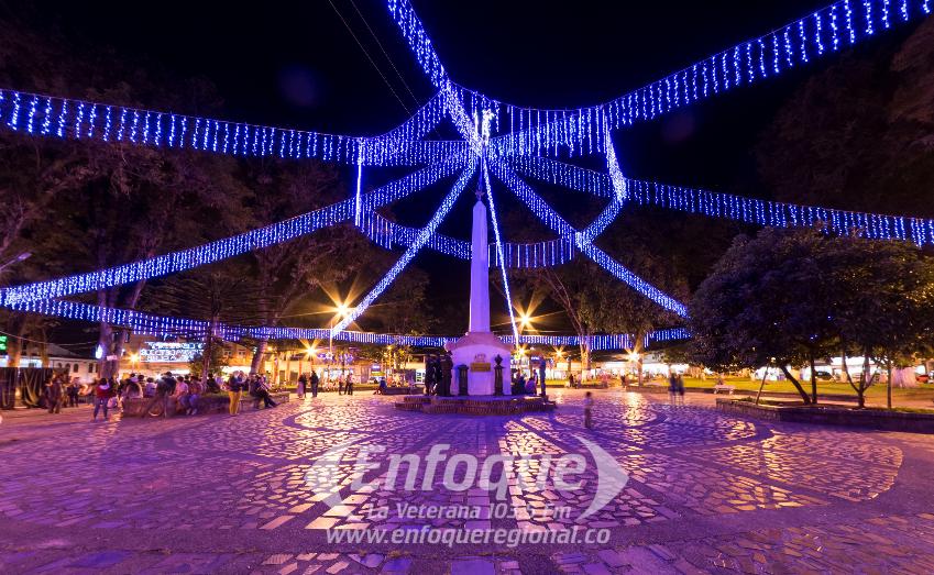 Parque Principal Líbano Navidad 2016 por Mauricio Morales